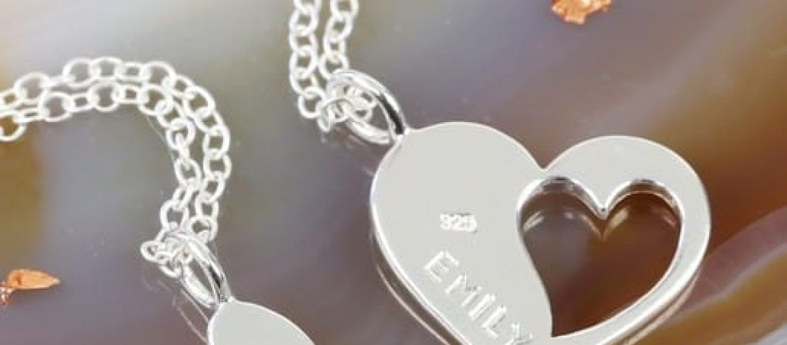 personalised-sterling-silver-mother-and-daughter-heart-necklace-set-O21A4096-515x515.jpg